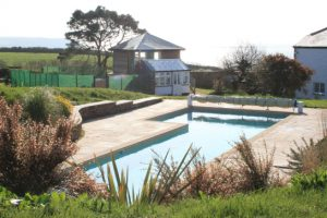 Portscatho – Concrete Tiled Pool